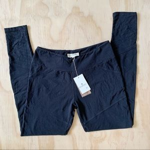 Synergy Organic Clothing Jetblack Downtown Legging